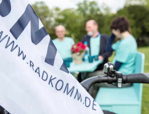 Verleihung des Regenbogenpreises an RADKOMM e.V.